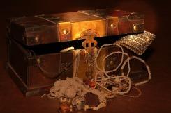 treasure-chest-619762_1920