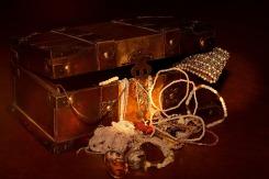 treasure-chest-619858_1920